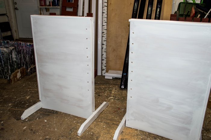 faux painting wing standards for horse jumps