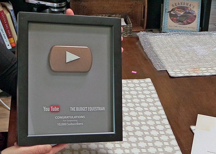 DIY A YouTube Play Button