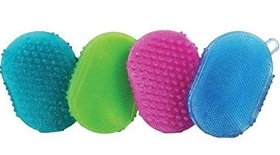 jelly scrubbers in bright colors for horse grooming