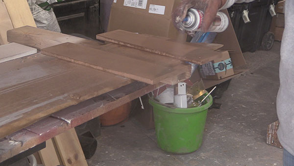 spray painting wood