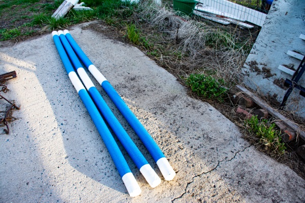 making pool noodle jumping equipment for horses