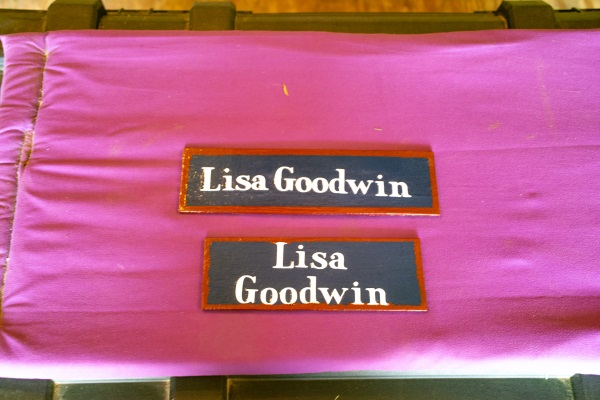 homemade name plaques from dollar store things