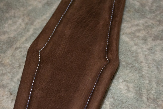 close up view of the Voltaire Design hunter girth