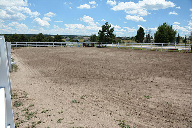 dirt riding arena