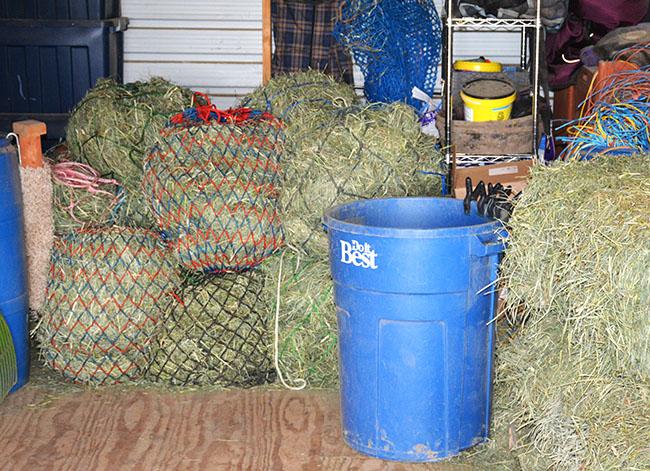 Barn chores - how I clean the barn